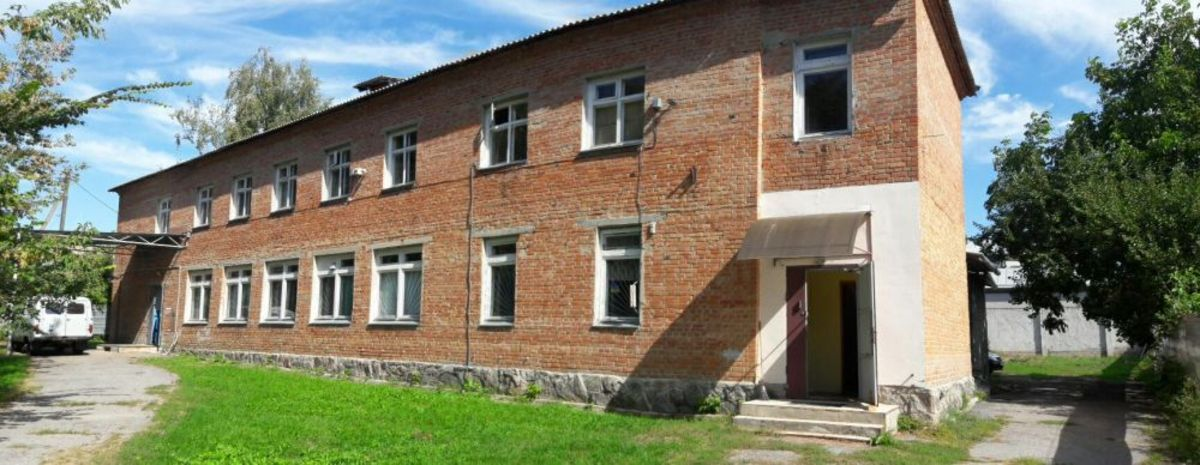 продам комерційну нерухомість в Полтаві